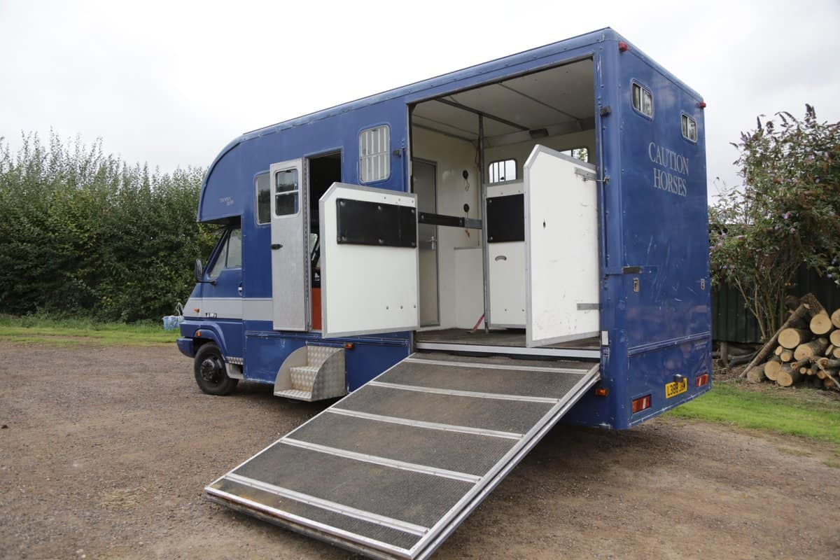 1994 5.5 Tonne Trophy Twin Built by Peper Harow Horse Boxes