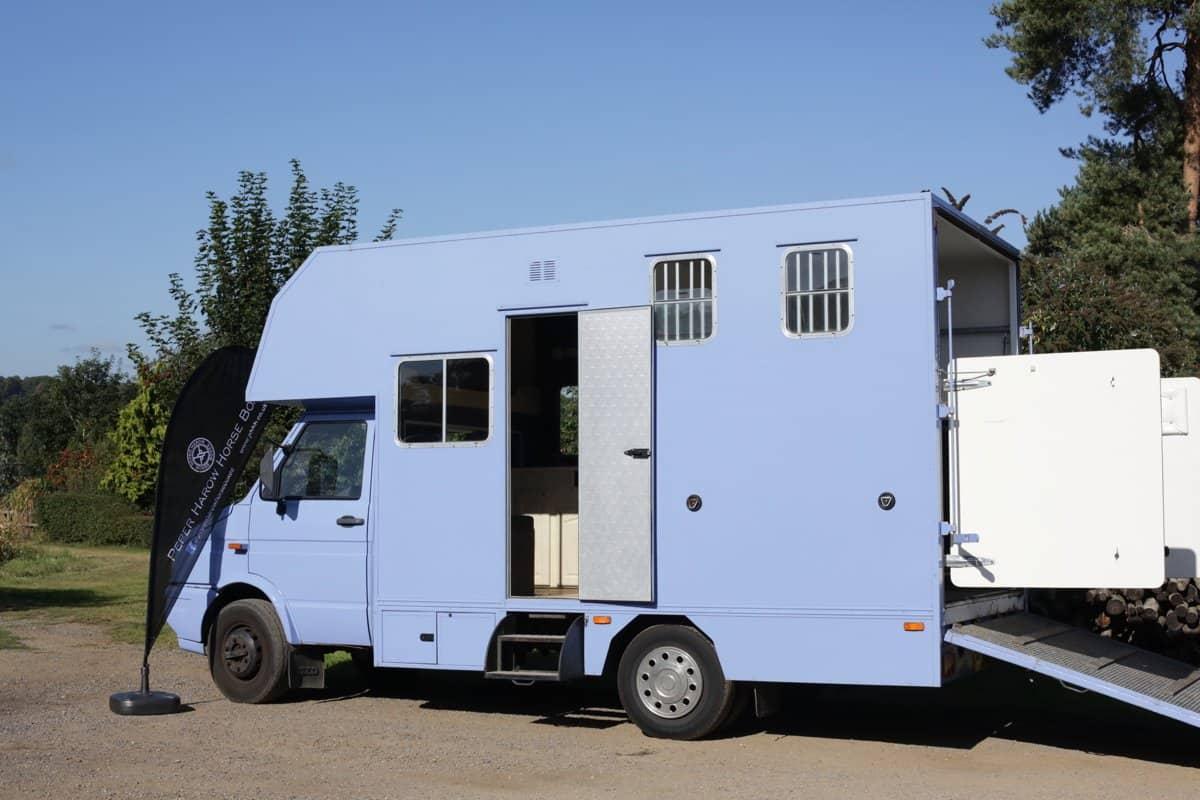 REAR LOAD 6.4 TONNE HORSE BOX