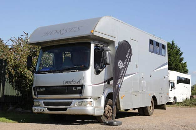 2002 7.5 TONNE DAF HORSE BOX BUILT BY COURCHEVAL