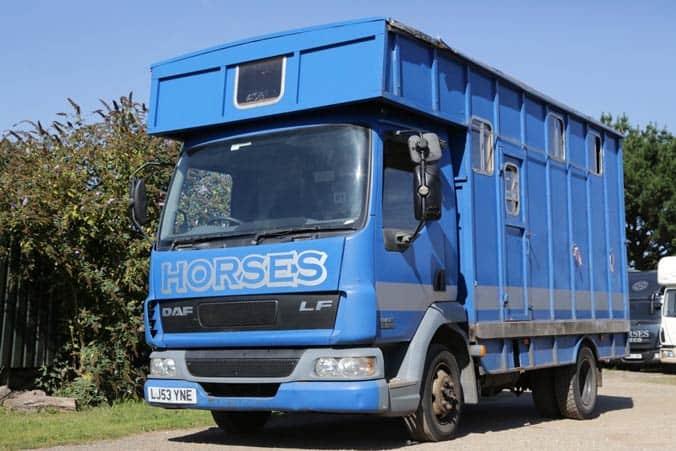 2003 COMPACT 7.5 TONNE DAF HORSE BOX