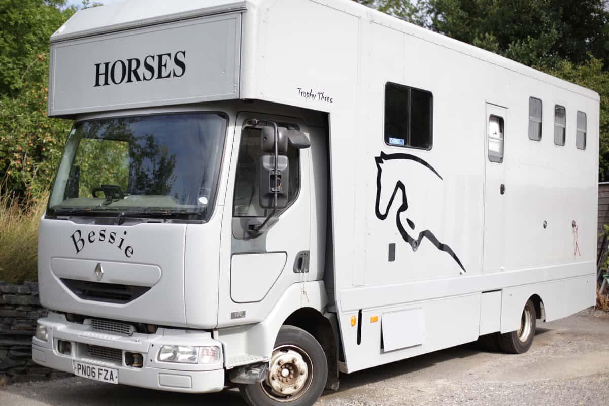 3 HORSE, 7.5 TONNE CONVERSION