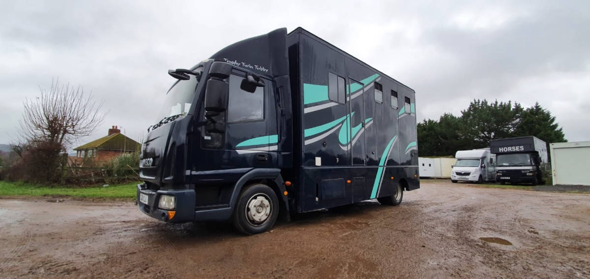 2011 IVECO COMPACT 7.5 TONNE CONVERSION BUILT BY PEPER HAROW HORSE BOXES